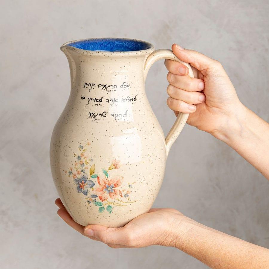 לפני שיגמר - קנקן שתיה מקרמיקה בעבודת יד   רחלי אלון - כלים אומרים שירה